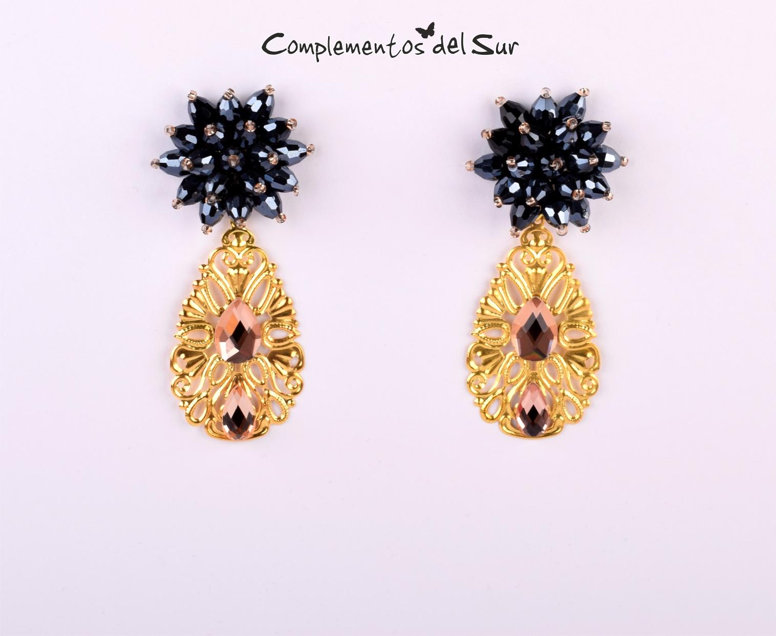 6bfc8055b72c Pendientes dorados y negros - Complementos Flamenca y Fiesta